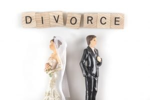 Difference Between a Legal Separation and a Divorce